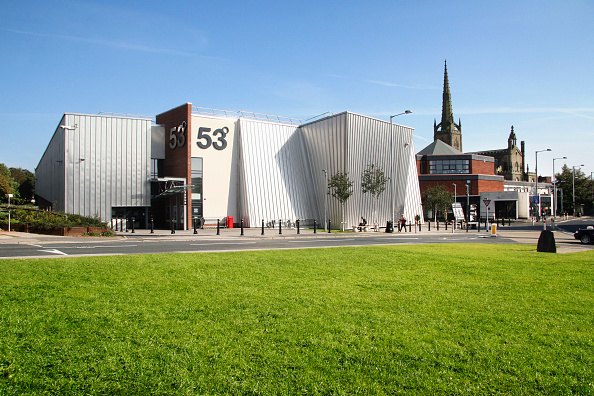 Heart「53 Degrees is an award-winning purpose built £6.5 million complex. Located in the heart of Lancashire, it has a catchment of over 800,000 within a 45 min travel radius without affecting Liverpool or Manchester sales.」:写真・画像(10)[壁紙.com]
