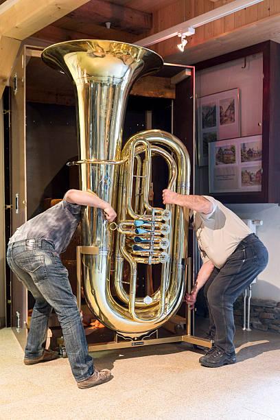 World's Largest Functional Tuba:ニュース(壁紙.com)