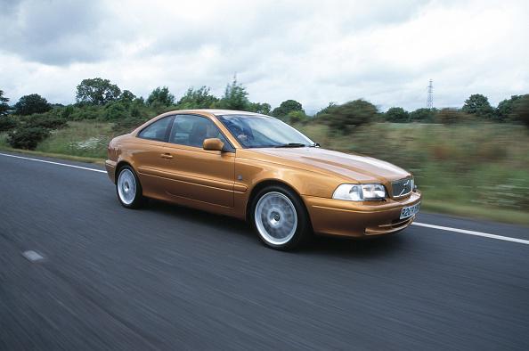 Finance and Economy「1998 Volvo C70」:写真・画像(0)[壁紙.com]
