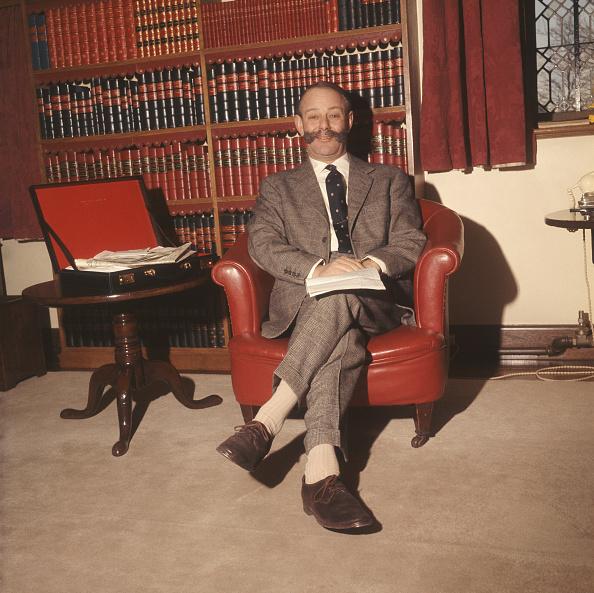 Armchair「Sir Gerald Nabarro」:写真・画像(3)[壁紙.com]
