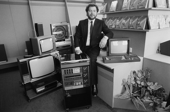 Electronics Industry「Alan Sugar」:写真・画像(15)[壁紙.com]
