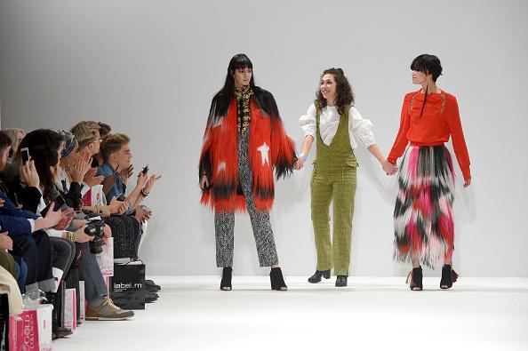 London Fashion Week「Ones To Watch - Runway - LFW February 2017」:写真・画像(9)[壁紙.com]