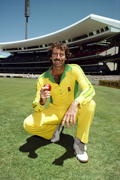 Looking At Camera「Dennis Lillee Australia 1982」:写真・画像(15)[壁紙.com]
