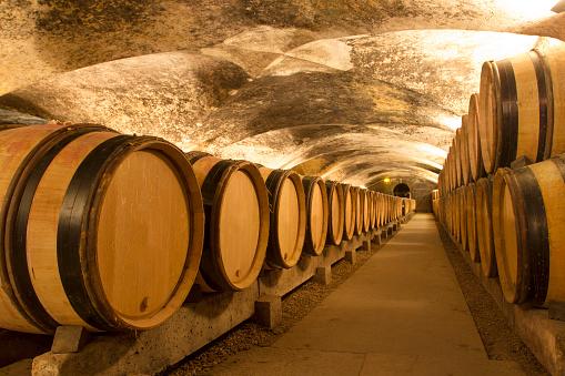 Cave「Wine cellar」:スマホ壁紙(12)