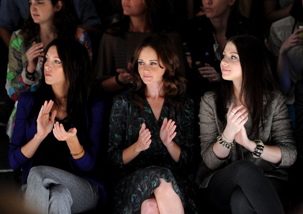 Bangle「Fiji Water At Rebecca Minkoff - Front Row - Spring 2012 Mercedes-Benz Fashion Week」:写真・画像(13)[壁紙.com]