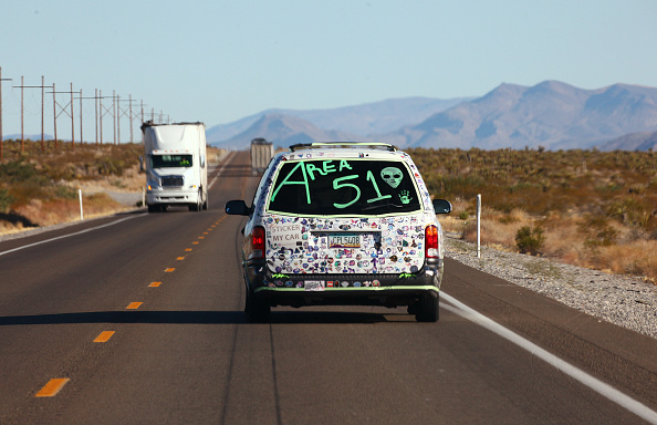"Geographical Locations「Revellers Descend On Nevada Desert For ""Storm Area 51"" Gathering」:写真・画像(12)[壁紙.com]"