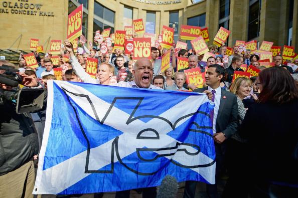 Glasgow - Scotland「Referendum Debate Continues As Campaigns Enter Final Week」:写真・画像(7)[壁紙.com]
