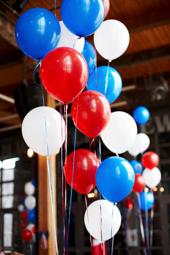Fourth of July「Red white and blue balloons party setup」:スマホ壁紙(10)