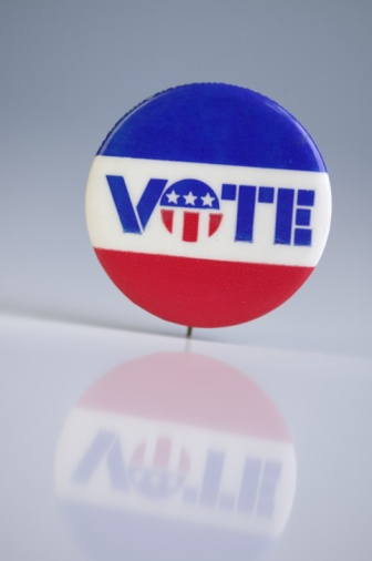 Election「A red white and blue pin that says vote」:スマホ壁紙(2)