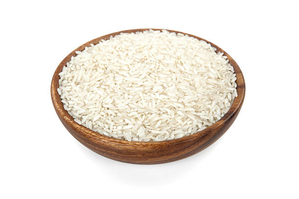 Rice in a wooden bowl:スマホ壁紙(壁紙.com)