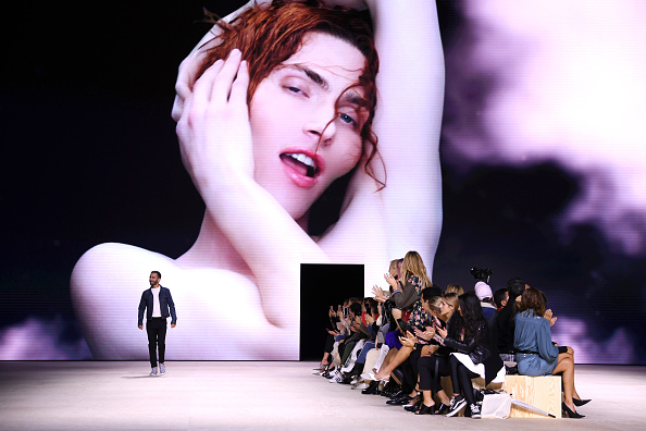 Spring Summer Collection「Louis Vuitton : Runway - Paris Fashion Week - Womenswear Spring Summer 2020」:写真・画像(9)[壁紙.com]