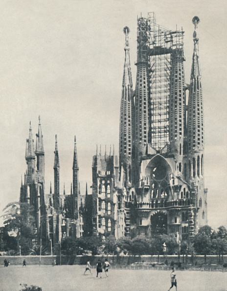 Sagrada Familia - Barcelona「Individuality In Ecclesiastical Architecture Carried To Extremes」:写真・画像(13)[壁紙.com]