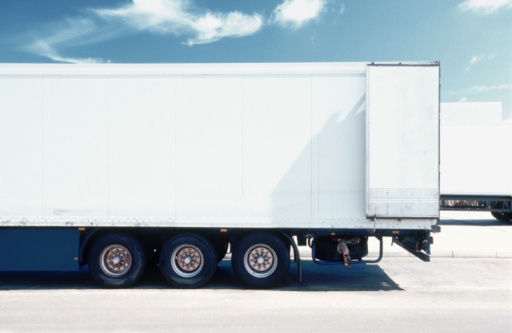Semi-Truck「White Truck」:スマホ壁紙(15)