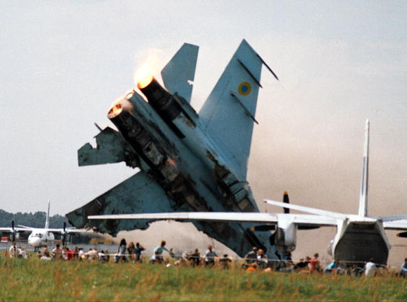 Accidents and Disasters「Jet Crashes at Ukraine Air Show」:写真・画像(17)[壁紙.com]