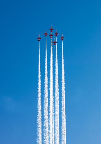 Antalya City「Fighter Jets performing airshow」:スマホ壁紙(8)