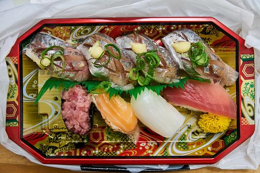 日本文化「Sushi in a hurry」:スマホ壁紙(15)