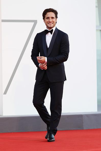 Formalwear「Closing Ceremony Red Carpet - The 77th Venice Film Festival」:写真・画像(4)[壁紙.com]