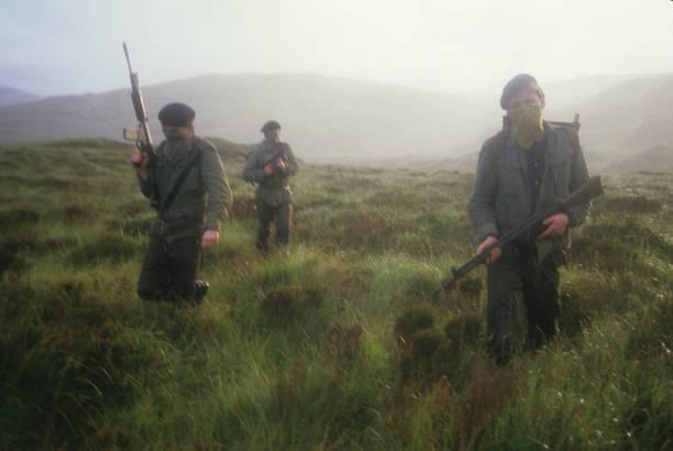 IRA Manouevres:ニュース(壁紙.com)