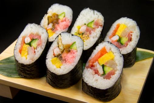 節分「Sushi roll」:スマホ壁紙(3)