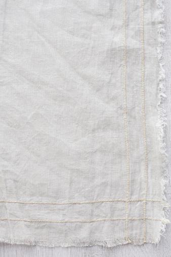 Whitewashed「Vintage cream tablecloth」:スマホ壁紙(1)