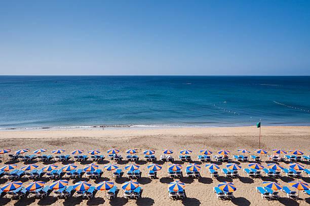Beach at Puerto del Carmen:スマホ壁紙(壁紙.com)