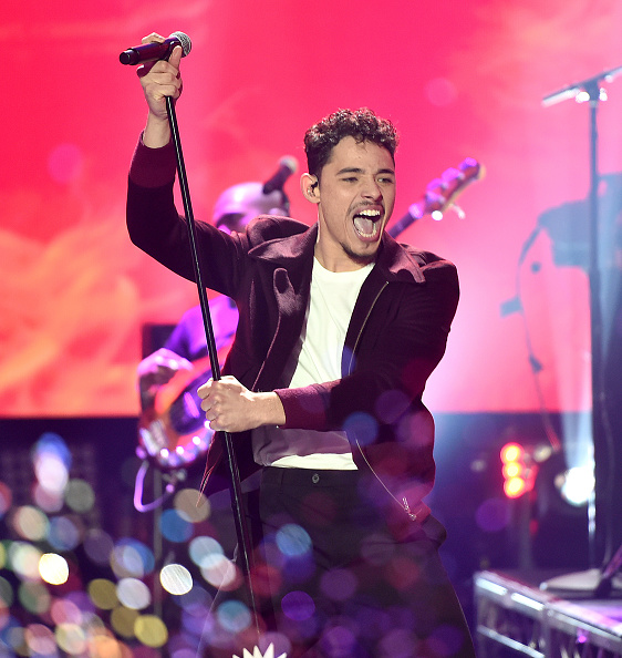 New Year「Dick Clark's New Year's Rockin' Eve with Ryan Seacrest 2020 - Hollywood Party Performances」:写真・画像(10)[壁紙.com]