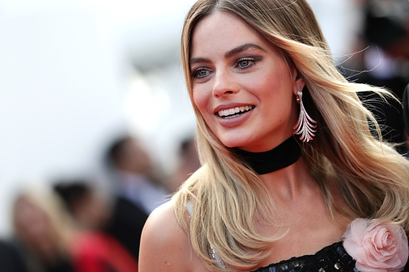 "Cannes International Film Festival「""Once Upon A Time In Hollywood"" Red Carpet - The 72nd Annual Cannes Film Festival」:写真・画像(18)[壁紙.com]"