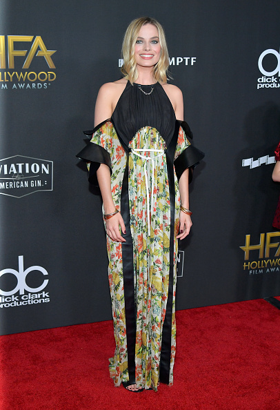 The Beverly Hilton Hotel「21st Annual Hollywood Film Awards - Arrivals」:写真・画像(10)[壁紙.com]