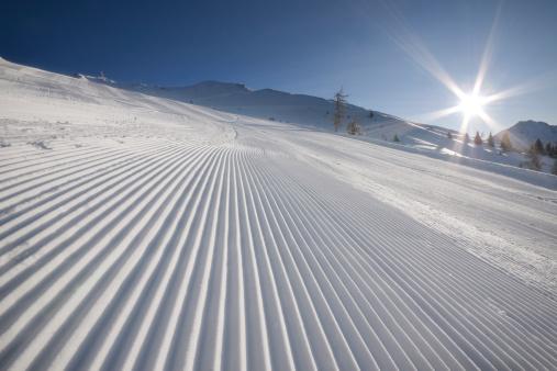 Ski Resort「Groomed Ski Slope」:スマホ壁紙(5)