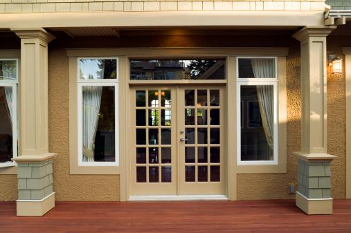 Chalet「patio entrance home exterior」:スマホ壁紙(15)