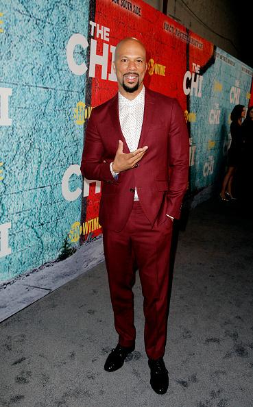 赤「Premiere Of Showtime's 'The Chi' - Red Carpet」:写真・画像(0)[壁紙.com]