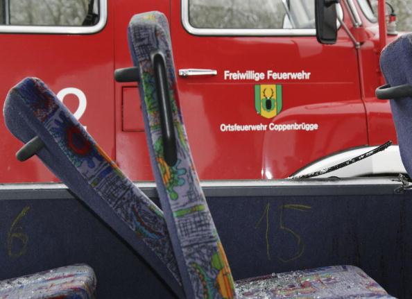 School Bus「Schoolbus Crash in Coppenbruegge」:写真・画像(6)[壁紙.com]