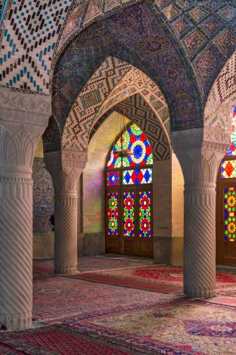 Iranian Culture「The Nasir al Mulk Mosque in Shiraz, Iran」:スマホ壁紙(16)