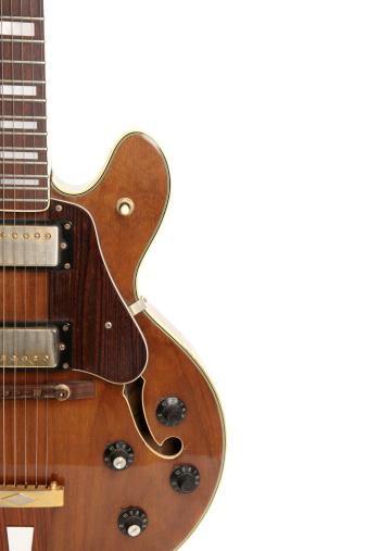 String Instrument「Vintage guitar isolated on white」:スマホ壁紙(19)