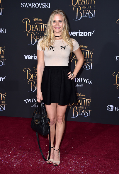 "El Capitan Theatre「Premiere Of Disney's ""Beauty And The Beast"" - Arrivals」:写真・画像(16)[壁紙.com]"