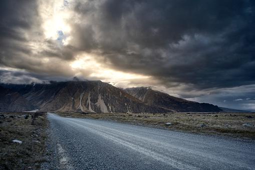 Mt Cook「Tasman Valley Road In The Mt Cook National Park, New Zealand」:スマホ壁紙(0)
