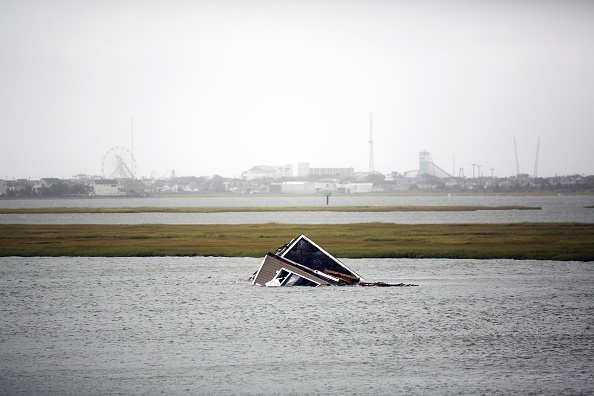 Jessica Kourkounis「Converging Storms Batter New Jersey Coast」:写真・画像(15)[壁紙.com]