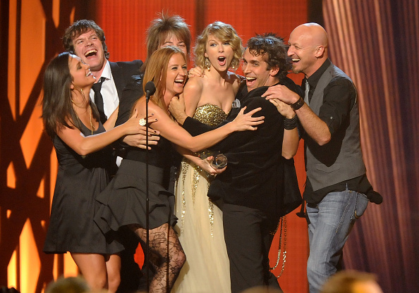 Performer「The 43rd Annual CMA Awards - Show」:写真・画像(13)[壁紙.com]