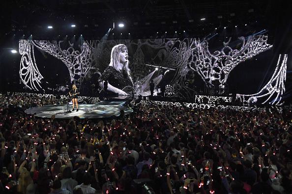 コンサート「2017 DIRECTV NOW Super Saturday Night Concert In Houston - Taylor Swift Performance」:写真・画像(17)[壁紙.com]