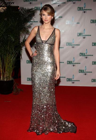 Shiny「The 42nd Annual CMA Awards - Arrivals」:写真・画像(16)[壁紙.com]