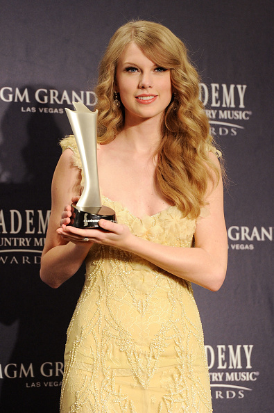 46th ACM Awards「46th Annual Academy Of Country Music Awards - Press Room」:写真・画像(3)[壁紙.com]