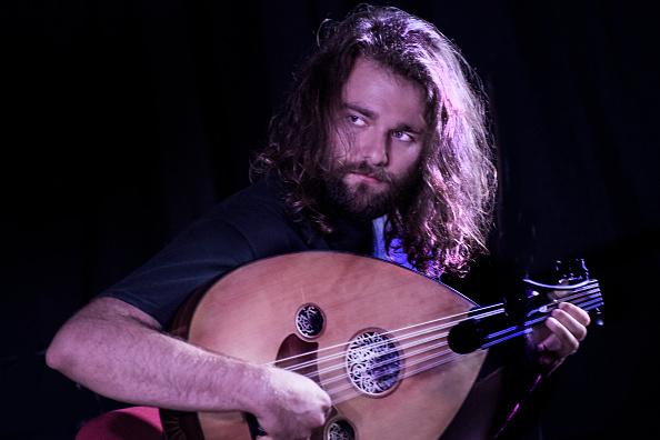 ワールドミュージック「Taxiarchis Georgoulis」:写真・画像(2)[壁紙.com]
