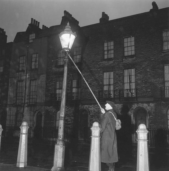 20th Century「Lamp Lighting」:写真・画像(9)[壁紙.com]