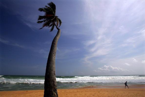 Sri Lanka「Tsunami Recovery Continues In Sri Lanka」:写真・画像(1)[壁紙.com]