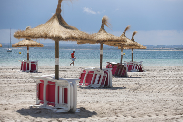 Beach「Mallorca Receive German Tourists As Part Of Pilot Project After Easing Lockdown」:写真・画像(19)[壁紙.com]
