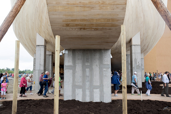 Aaron P「Creationist Builds Large Scale Noah's Ark In Northern Kentucky」:写真・画像(2)[壁紙.com]
