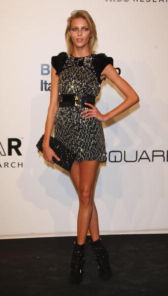 Mini Dress「amfAR's Inaugural Milan Fashion Week Event - Arrivals」:写真・画像(1)[壁紙.com]