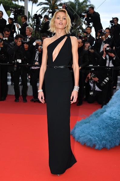 "Cannes International Film Festival「""A Hidden Life (Une Vie Cachée)"" Red Carpet - The 72nd Annual Cannes Film Festival」:写真・画像(17)[壁紙.com]"