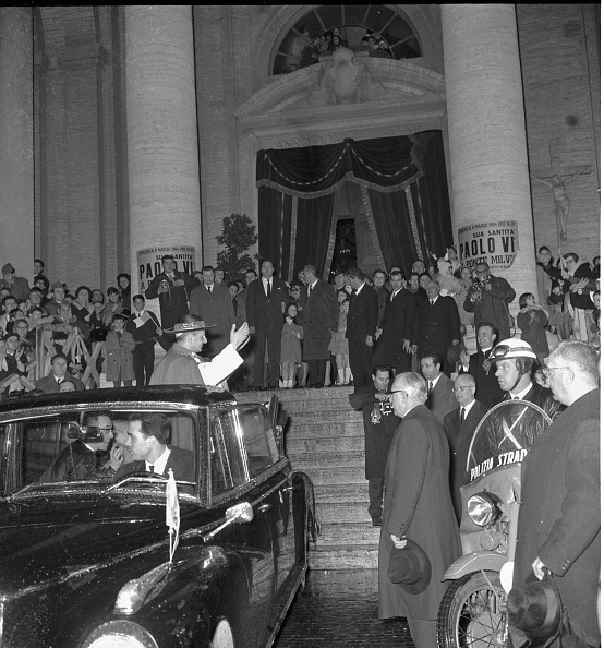 Religious Mass「Pope Paul VI after a mass celebration in St. Peter's Basilica」:写真・画像(13)[壁紙.com]