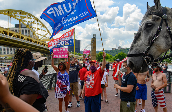 Event「Trump Supporters Hold Boat Parade And MAGA Rally in Pittsburgh On 4th Of July」:写真・画像(13)[壁紙.com]